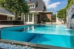 Acrilic-pool-berkualitas-FILEminimizer