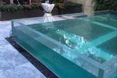 Akrilik-tebal-untuk-kolam-renang-FILEminimizer