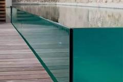 Jasa-pembuatan-desain-kolam-renang-kaca-FILEminimizer