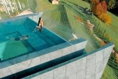 Jasa-pembuatan-kolam-renang-atas-pegunungan-dari-akrilik-FILEminimizer